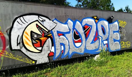 grafiti militär bundesheer army shark hai fisch grinsen zähne teeth grafity art